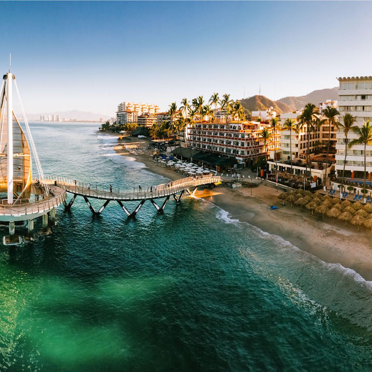 Puerto-Vallarta-reabre-playas-y-hoteles-HOME-3
